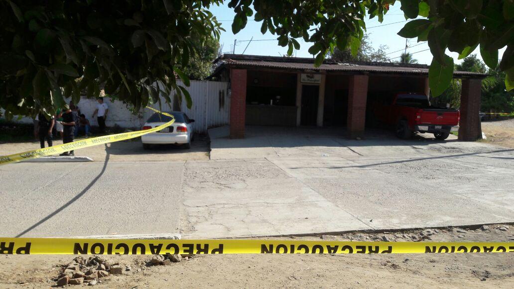 Matan a balazos a empleado de una tortillería en LC