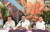 Silvano Aureoles y Enrique Peña revisan avances de Acciones para el Desarrollo del Estado