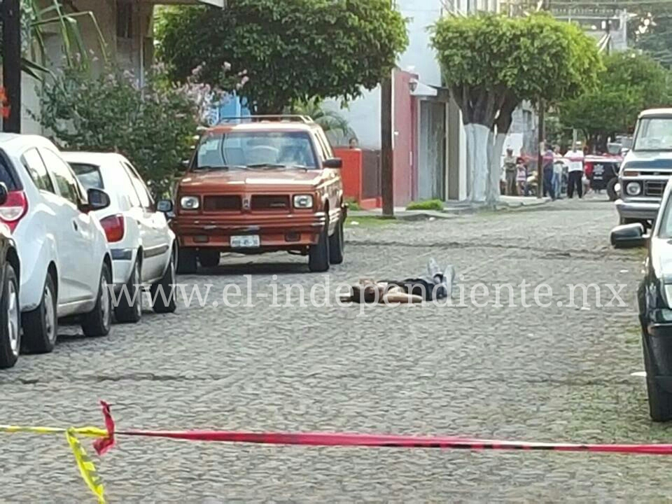 Joven es ultimado a balazos en la colonia El Valle de Zamora