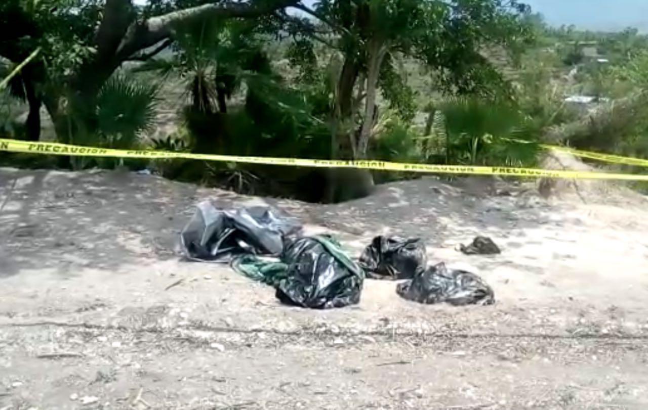 Recupera FGE cinco cadáveres de tres fosas clandestinas en Chilapa.