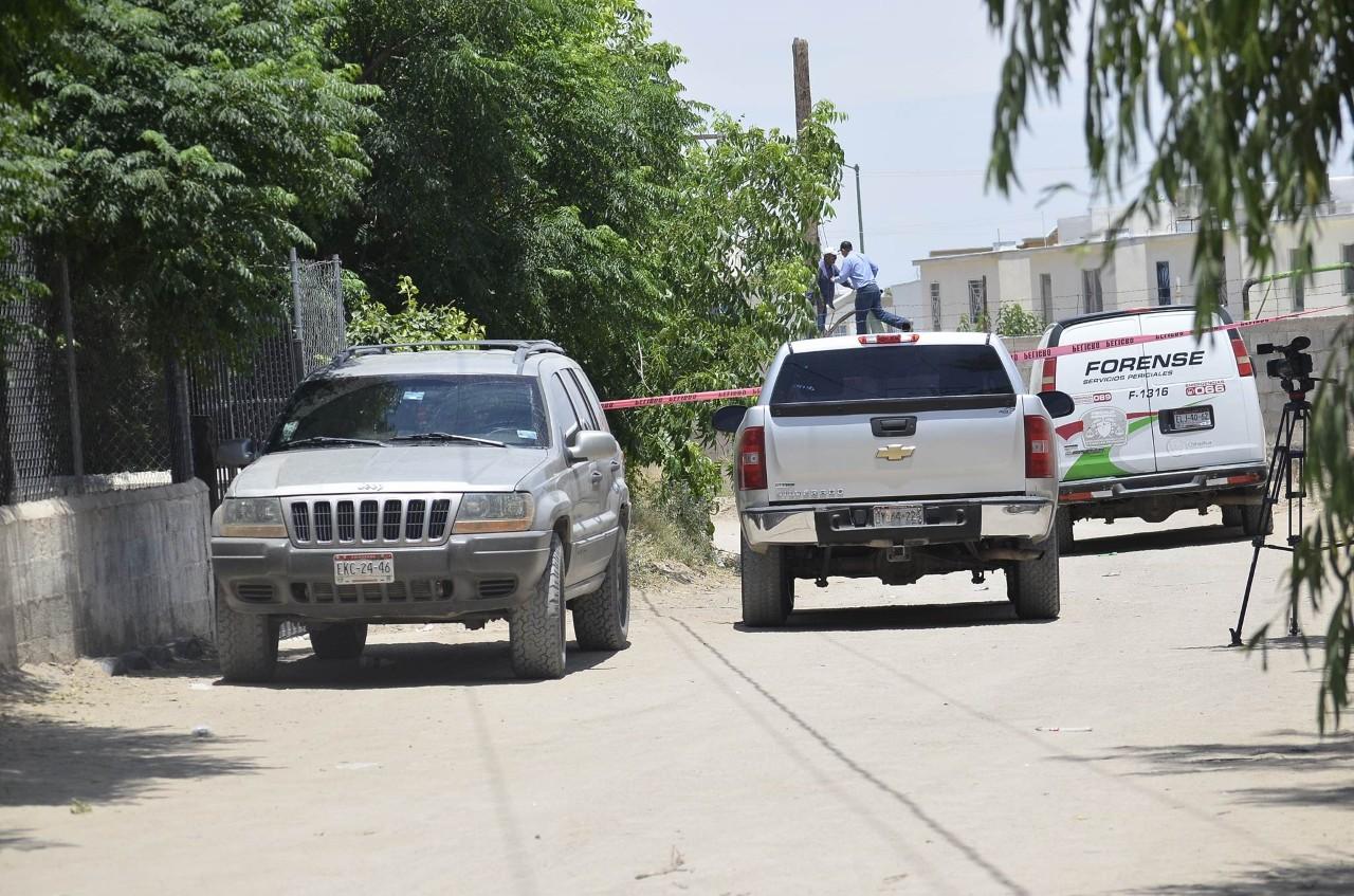 Hombre se ahorca tras dar muerte a su esposa y a su exesposa