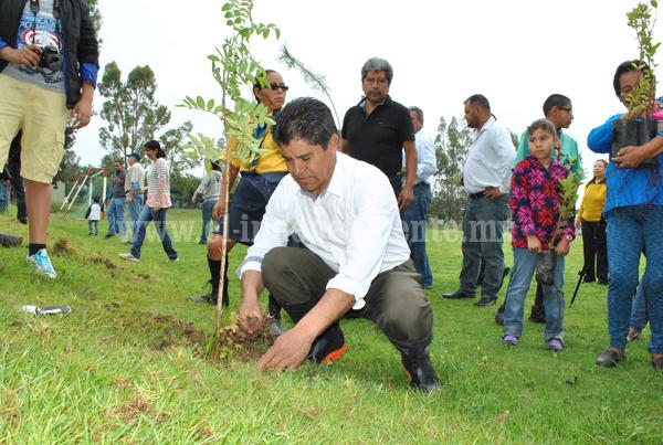 Con 40 mil plantas reforestarán la región Lerma- Chapala.