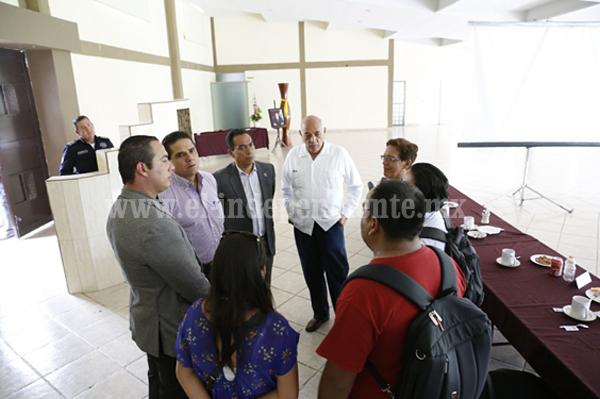 Reitera Silvano Aureoles disposición a establecer mesa de trabajo con la CNTE