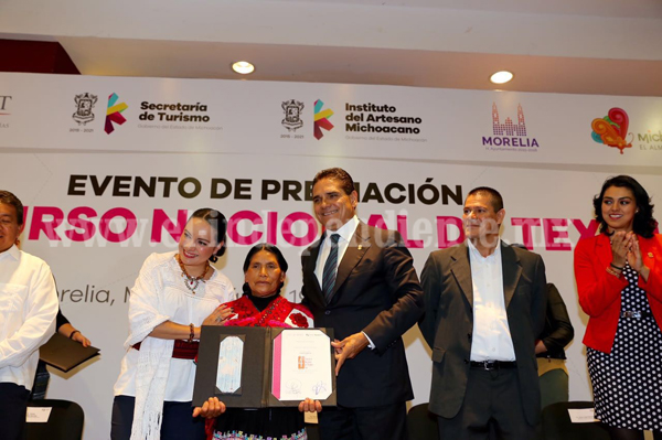Anuncia Gobernador Programa Integral de Promoción Turística para Janitzio