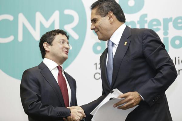 Mejora Regulatoria, central para la competitividad y el desarrollo: Silvano Aureoles