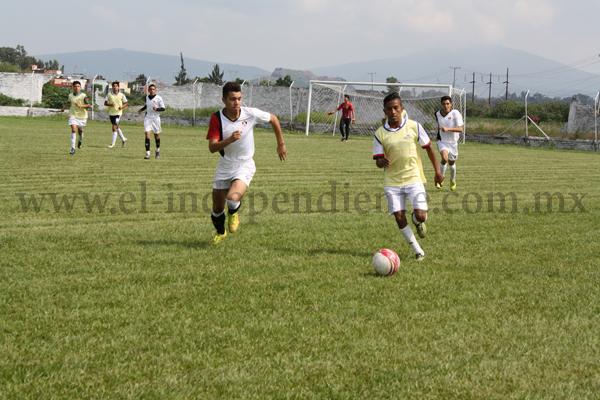 Con éxito se realizaron las visorias de la Escuela Oficial de Fútbol Atlas Zamora.