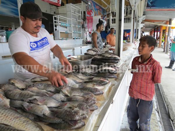 Escasez de pescado propicia incremento de precio del producto