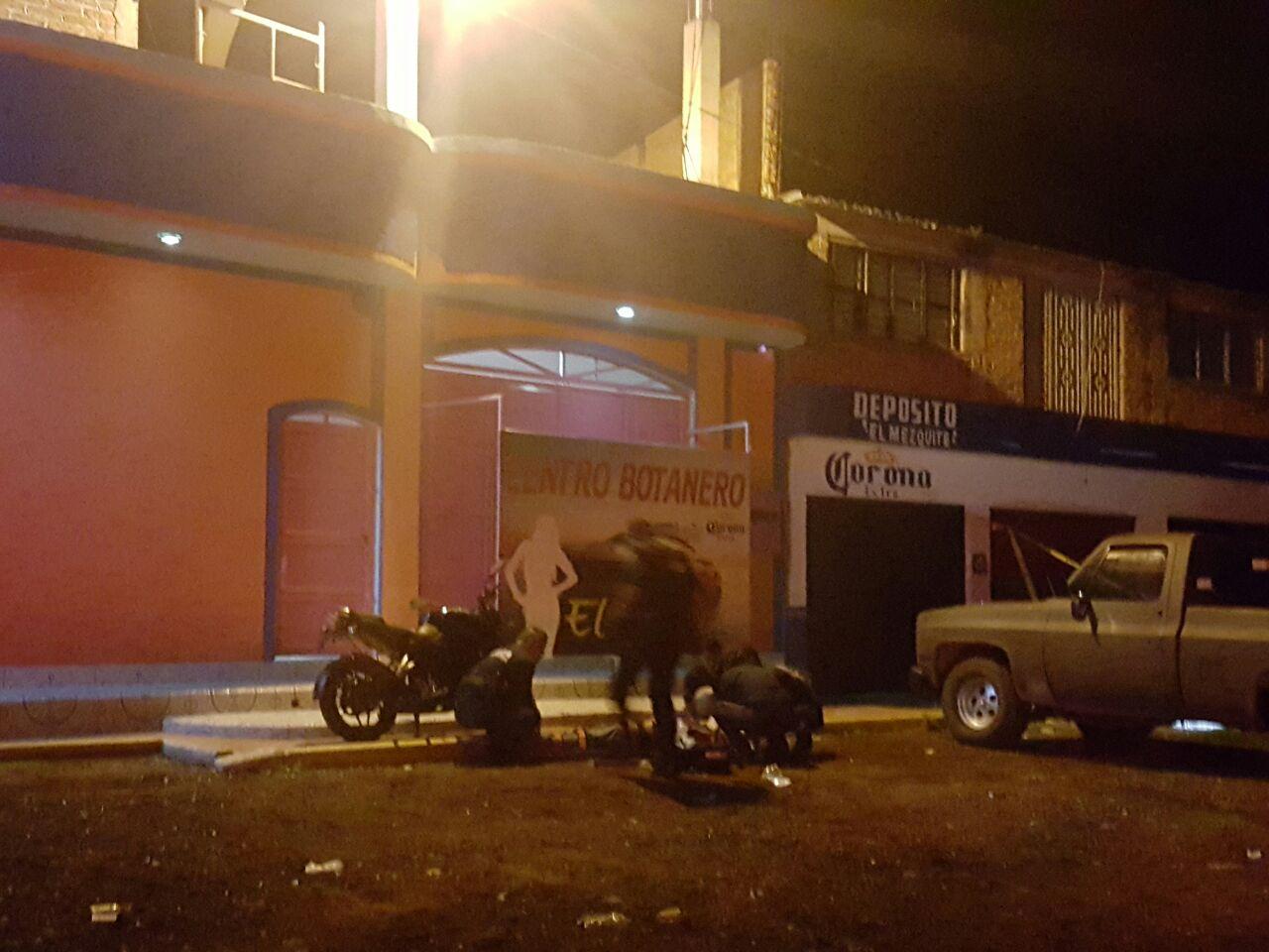 Rafaguean a clientes y empleados del bar El Yate, hay un muerto y 4 heridos