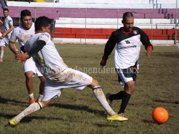 El Nacional derrotó dos goles a uno a Esperanzas de Romero, avanzó a semifinales.