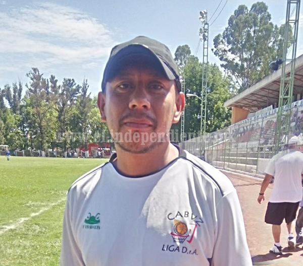 Dos zamoranas y el entrenador Oscar Tomas representarán a Michoacán en Olimpiada Nacional.
