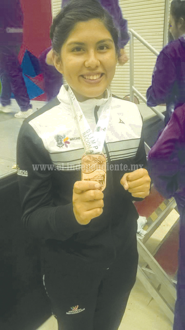 Joven taekwandoina zamorana consiguió Bronce en Olimpiada Nacional.