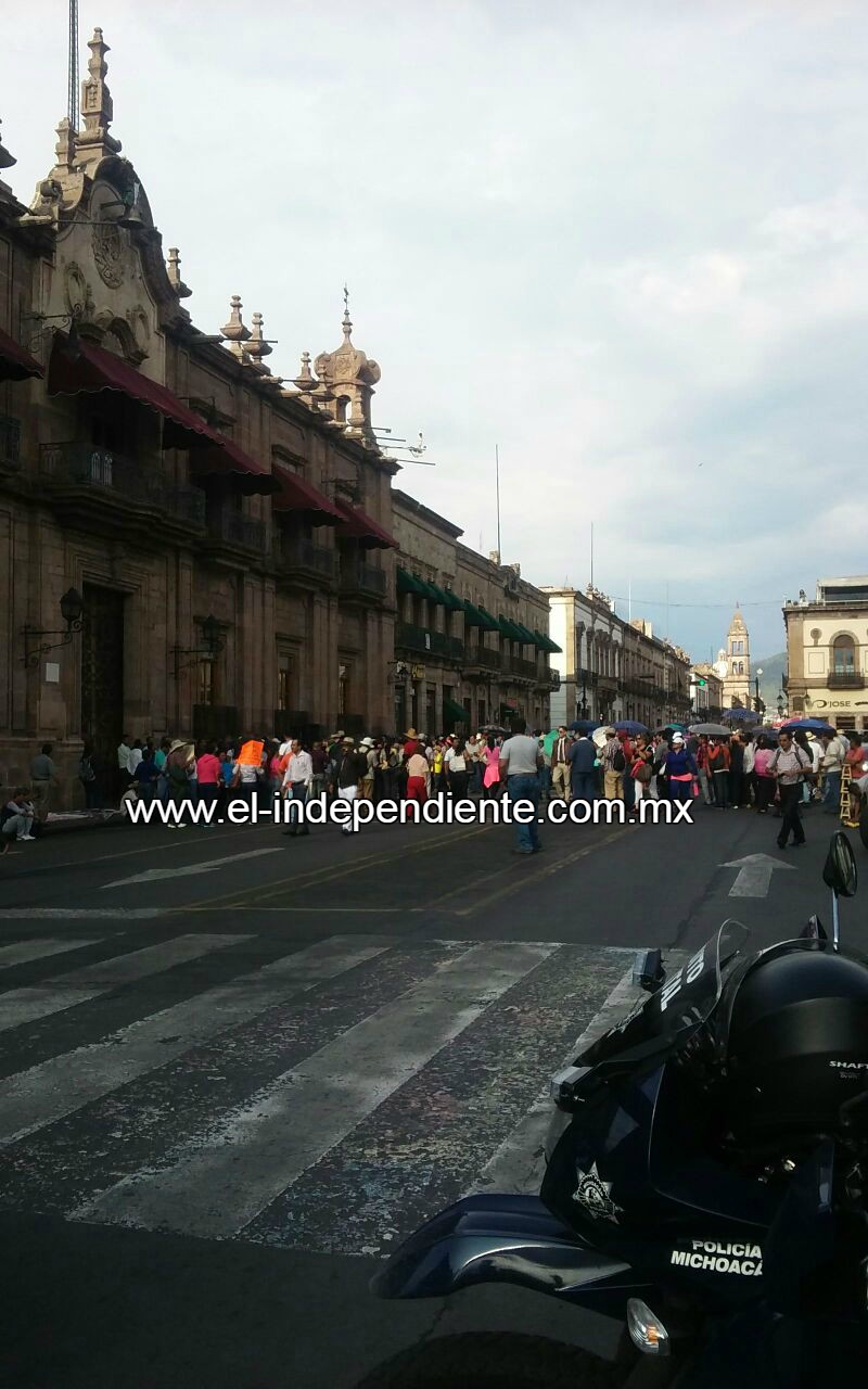 Continúan movilizaciones de la CNTE en Michoacán; se mantiene operativo permanente de la SSP