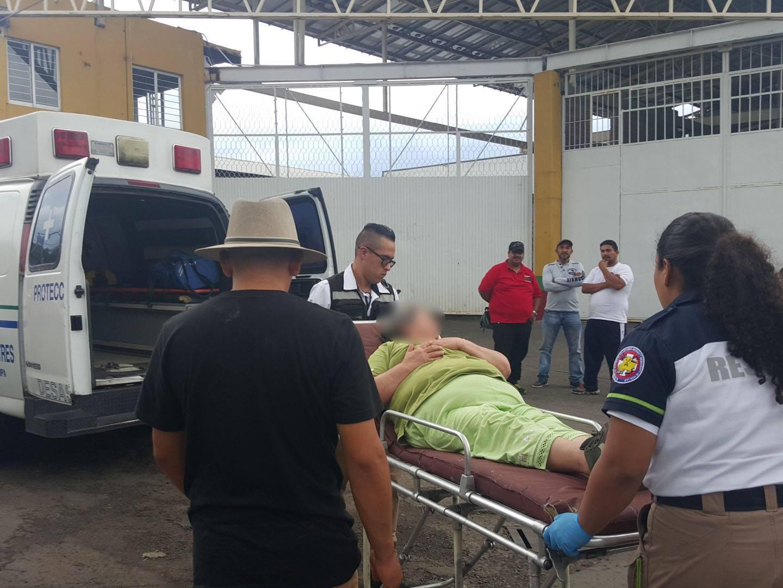 Una mujer herida y cuantiosos daños materiales, saldo de choque en Zamora