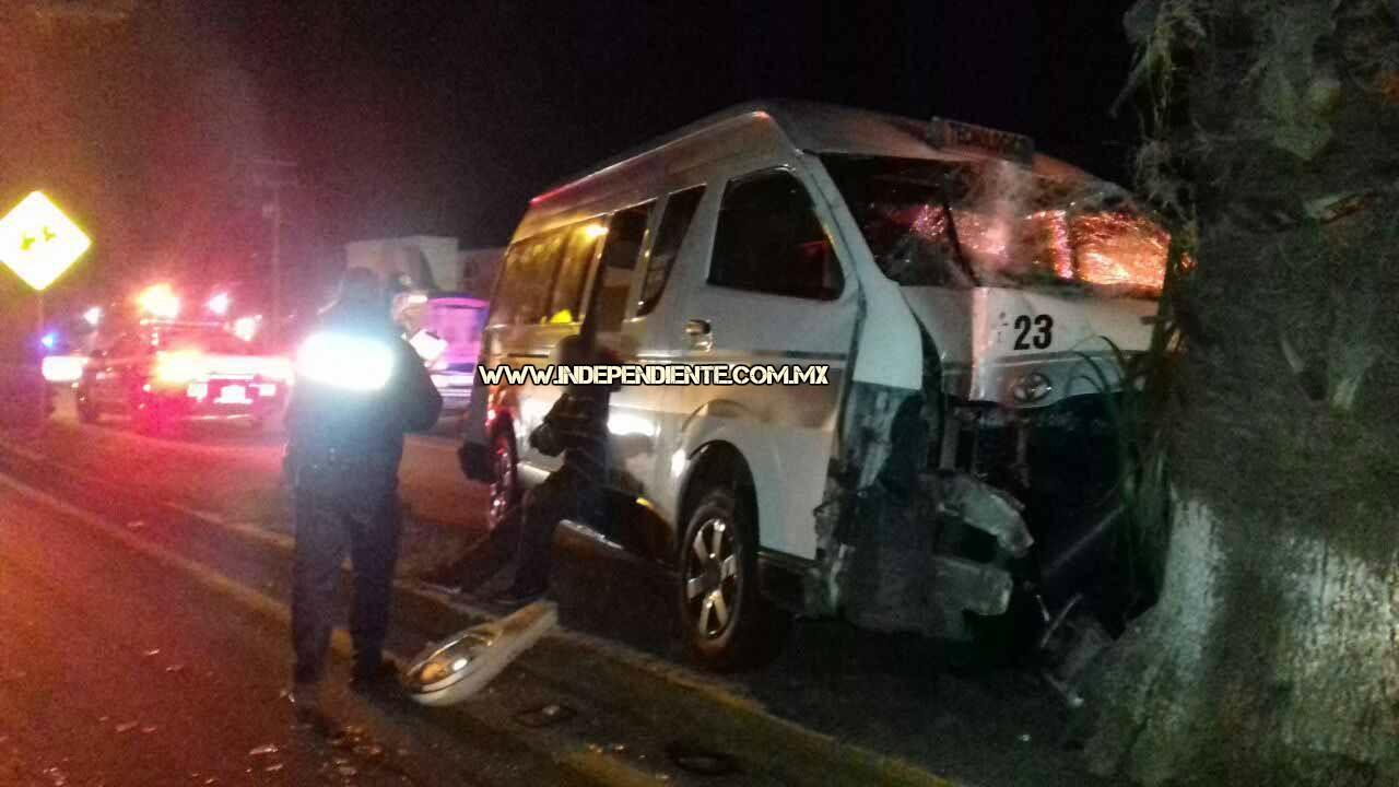 """""""Combiero"""" de la Ruta Gris 2 queda herido al accidentarse en su unidad"""