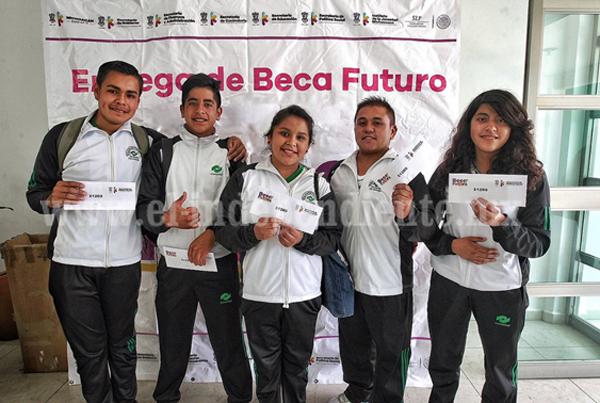 Garantizado, el pago de Beca Futuro a jóvenes estudiantes, afirma Sepsol