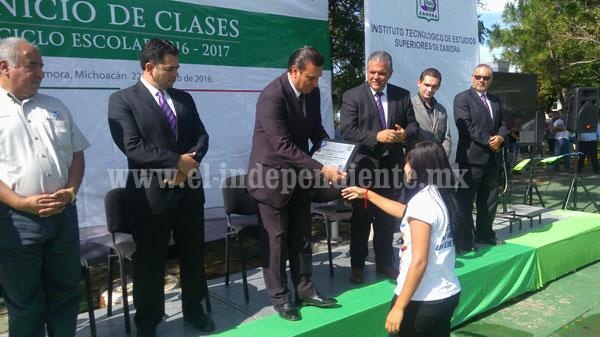 Tec Zamora inició ciclo escolar con casi 3 mil alumnos