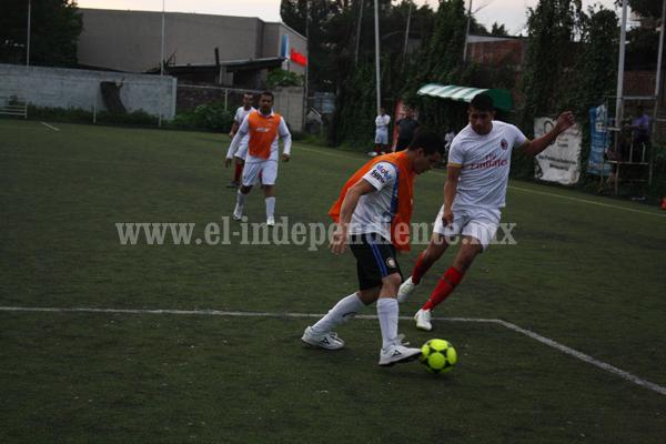 Deportivo Vázquez líder en el Torneo de Fútbol 7 Empresarial