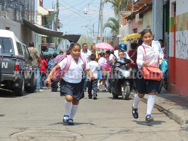 15 de septiembre cierran becas de Prospera para estudiantes
