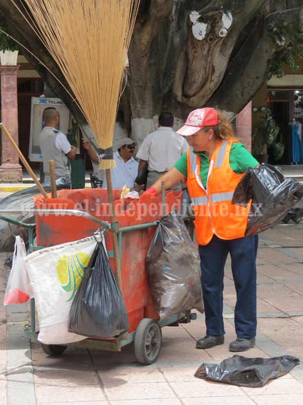 Dotarán de carritos  a barrenderos para mejorar recolección de basura