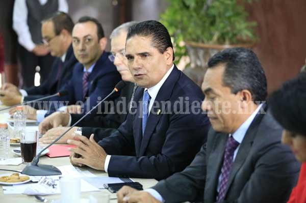 Esfuerzo corresponsable sociedad-gobierno para enfrentar retos de Michoacán: Silvano Aureoles
