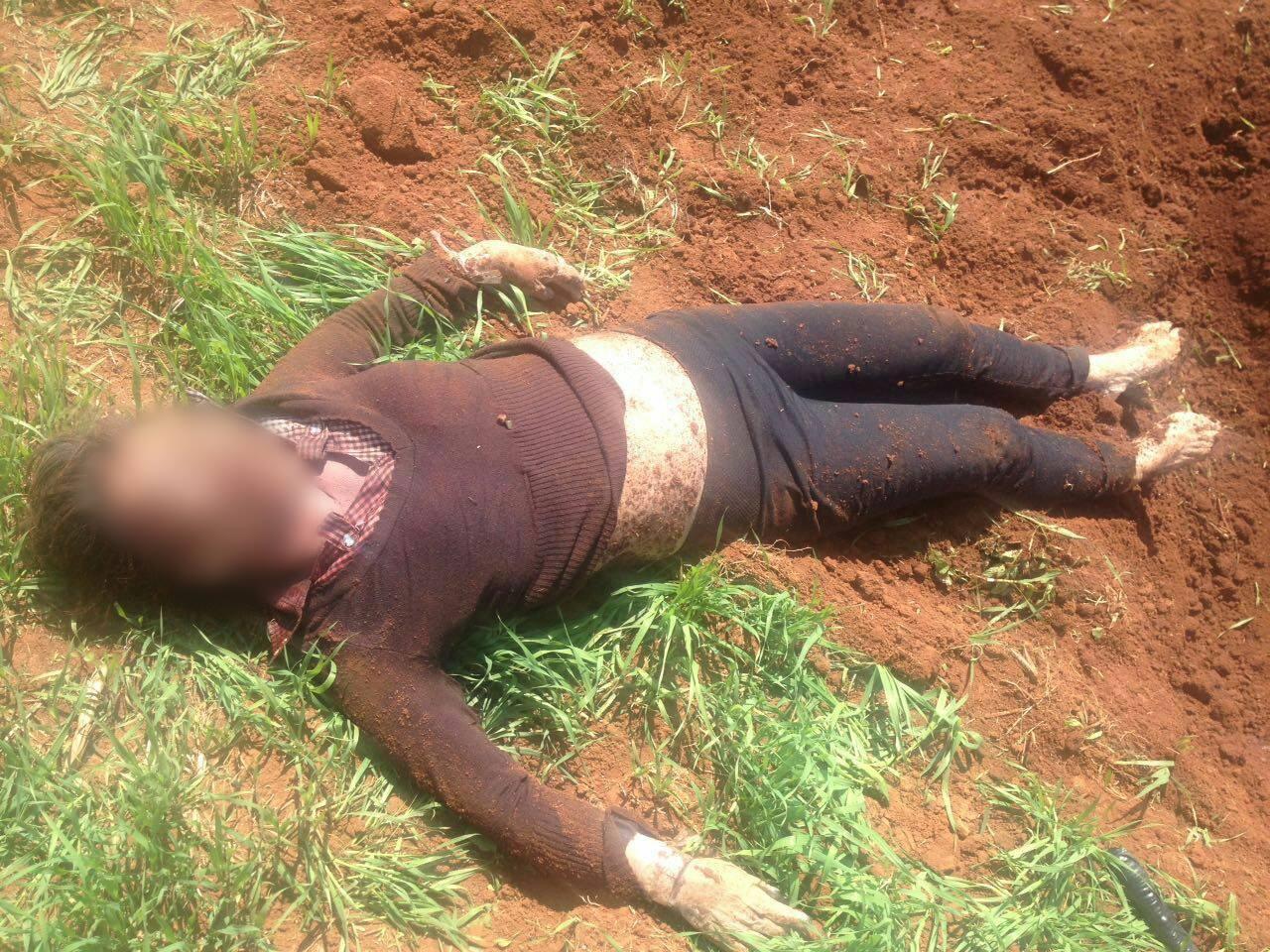 Localizan cadáver de una mujer en un entierro clandestino, en Cachivi