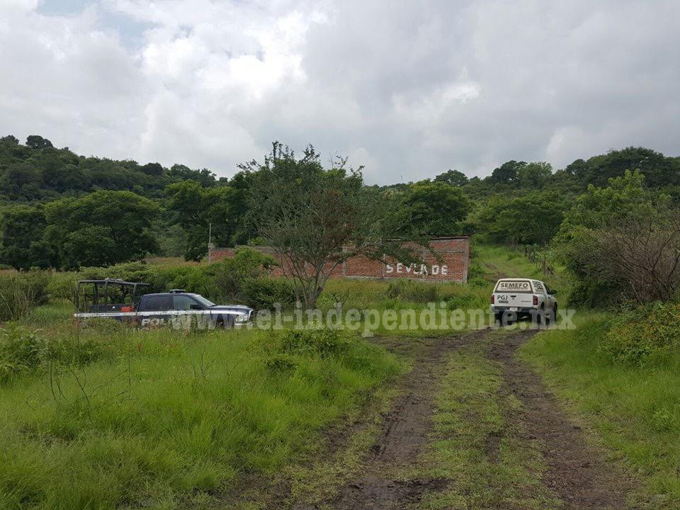 Encuentran fosa clandestina en una Noria de Jacona