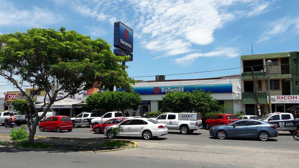 Perpetran robo en Banamex de la Avenida Melchor Ocampo, en LC
