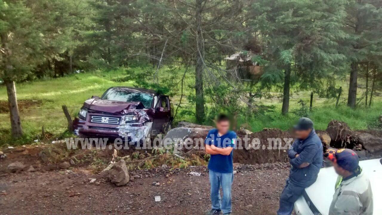 Familia reyense sufre un accidente vial; hay una muerta y tres heridos