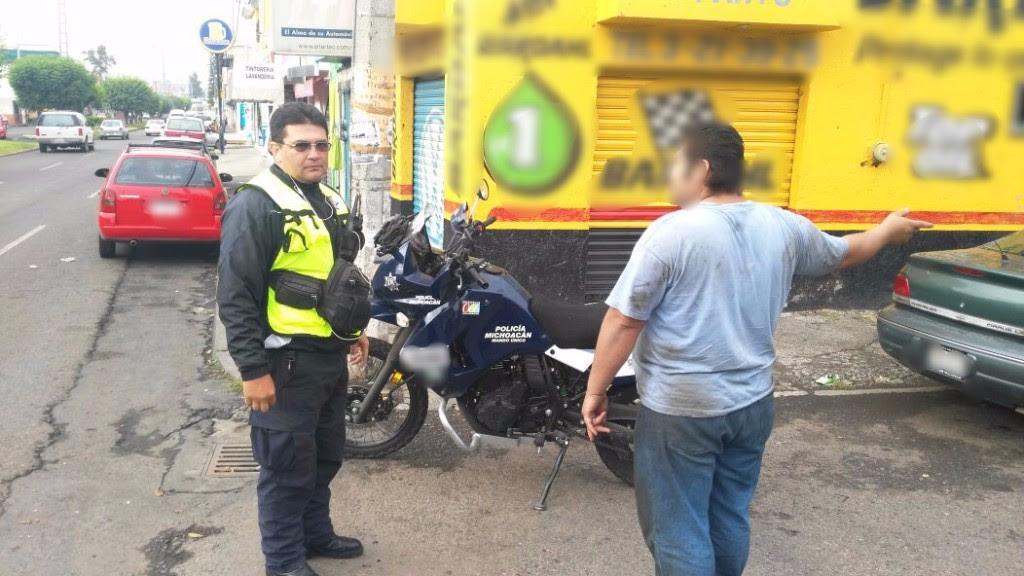 Elemento de Tránsito y Movilidad salva la vida de un ciudadano en Morelia