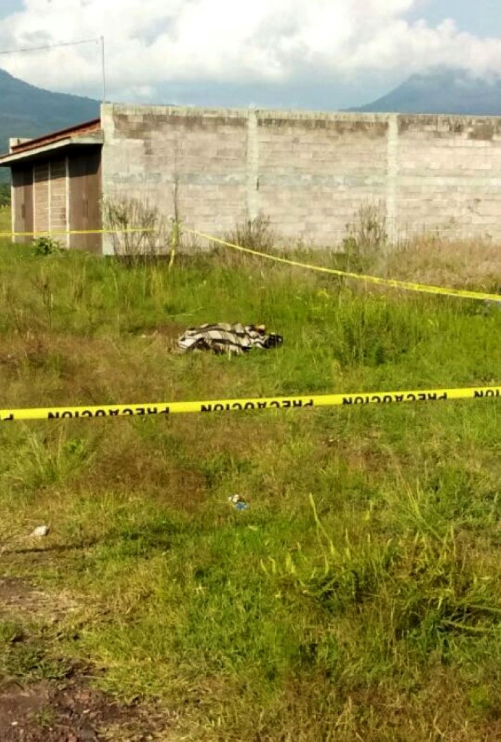 Hombre es encontrado muerto con heridas de arma blanca, en Zacapu