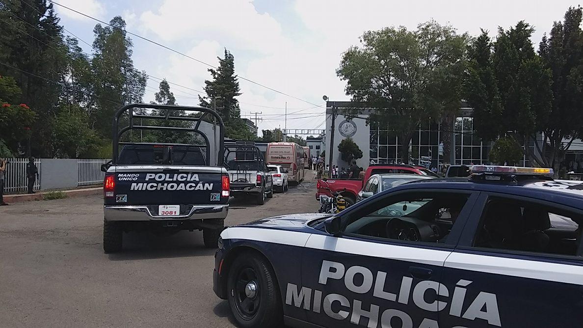 """8 normalistas acusados del delito de robo calificado se quedan en el """"Mil Cumbres"""""""