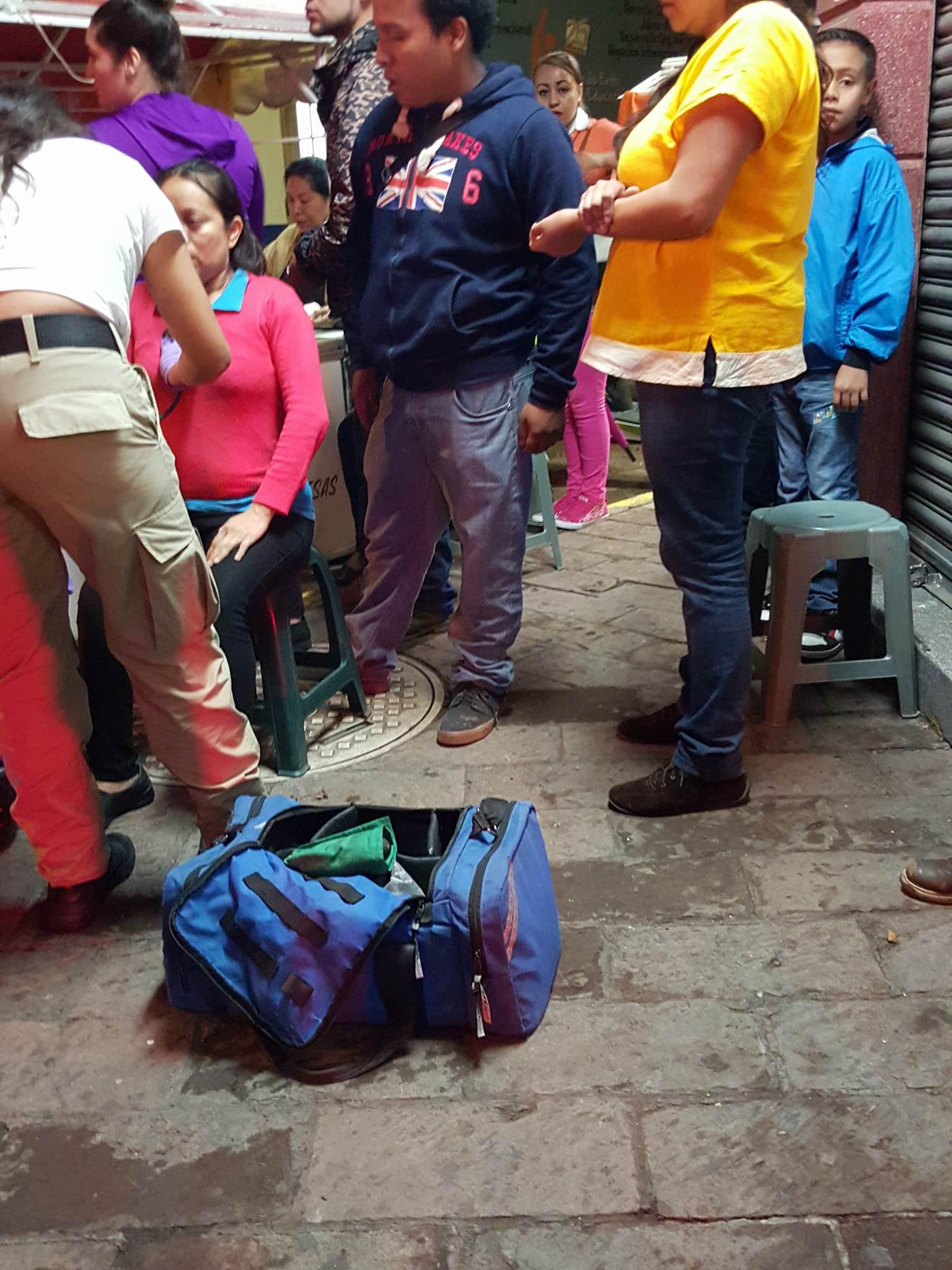 Mujer lesionada es arrollada por un vehículo desconocido en el centro de Zamora
