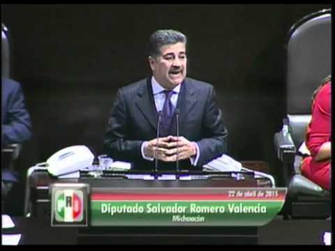 Despojan a Salvador Romero de su Mercedes Benz, iba con su familia