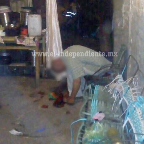 Frente a sus hijos se pega un tiro en la cabeza y muere, en un domicilio de Jacona