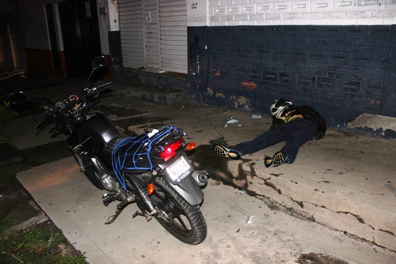 Privan de la vida a balazos a un motociclista, en Uruapan