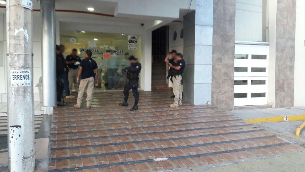 Hombre muere tras ser baleado durante un asalto en Lázaro Cárdenas