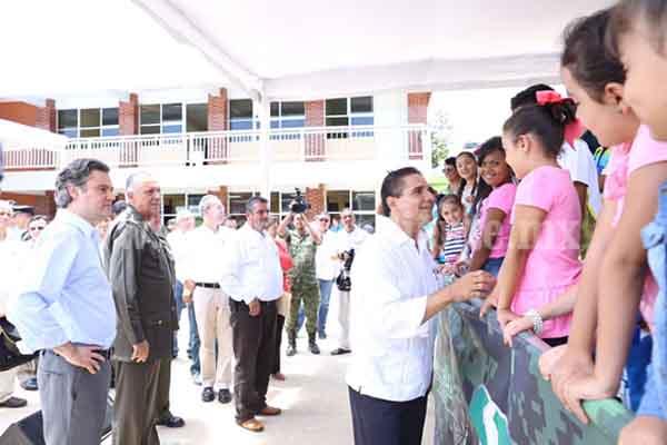 Educación de calidad para transformar Michoacán y el país: Salvador Cienfuegos