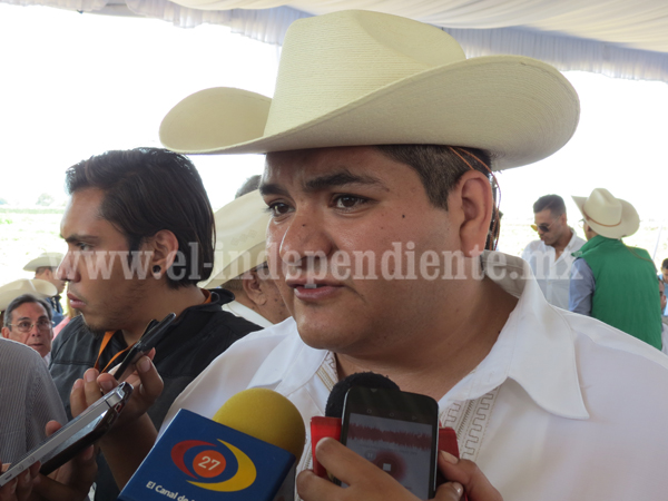 Avanza construcción de relleno sanitario en Tangancícuaro