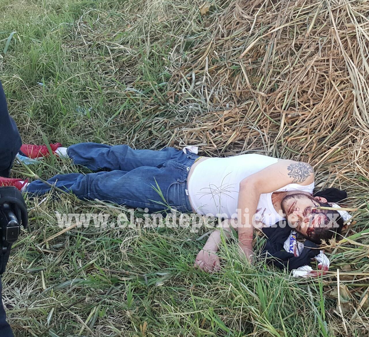 Maniatado y con visibles huellas de violencia encuentran a un joven cerca de canal de riego de Zamora