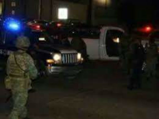 Desde auto en movimiento pistoleros disparan contra ministeriales y huyen