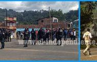 SSP detiene a 49 normalistas por bloqueo carretero, quema de dos vehículos y robo