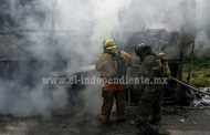 Suman 5 unidades quemadas por normalistas