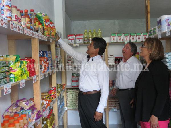 Ponen al alcance de población productos de canasta básica a menor precio