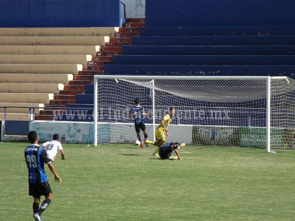 Real Zamora venció 4 por 2 a  Gallos Blancos de Querétaro
