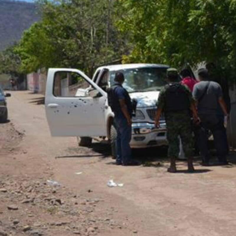 """Reportan supuesta muerte de hermano de """"El Cenizo"""" en balacera entre civiles"""