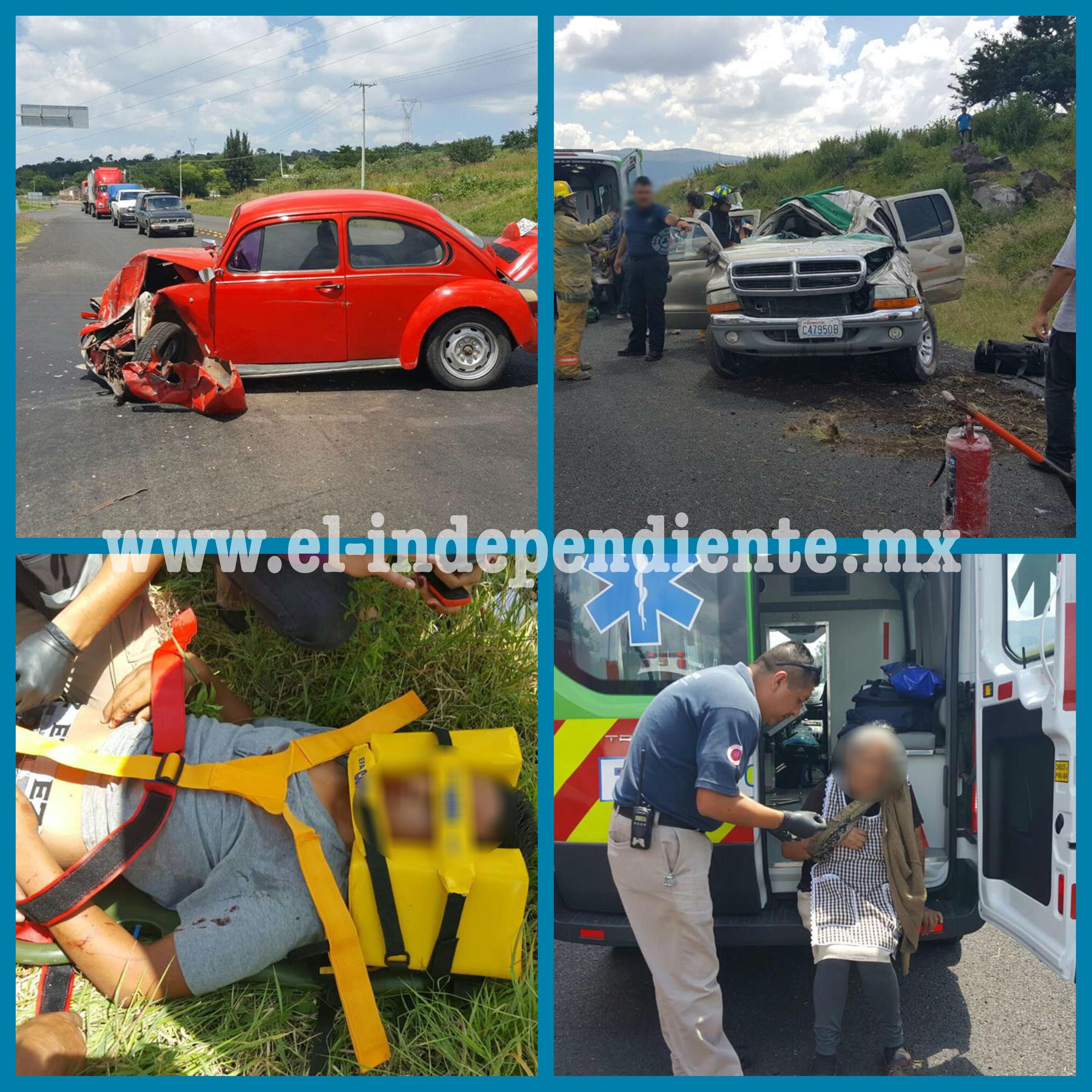 6 lesionados de una familia tras fuerte choque en Chaparaco