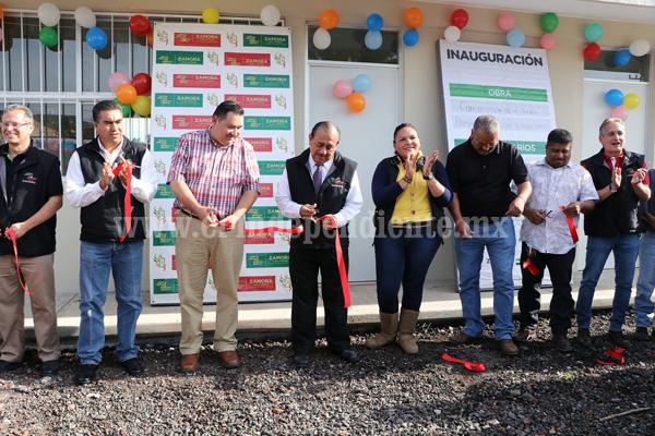 Destinaron 500 mil pesos para la construcción de aula en Ario de Rayón