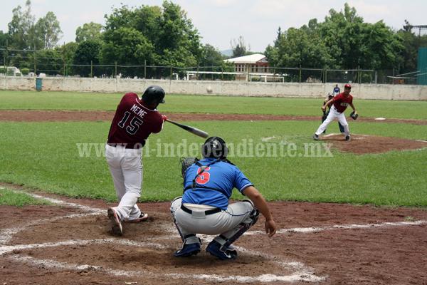 Jornada de clásicos en la liga regional de beisbol de Zamora