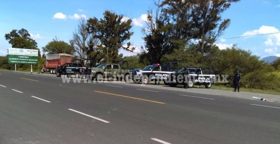 También en Sahuayo se enfrentan civiles contra Policía Michoacán