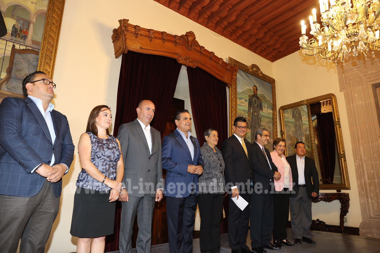 Realiza Gobernador Silvano Aureoles 8 relevos institucionales